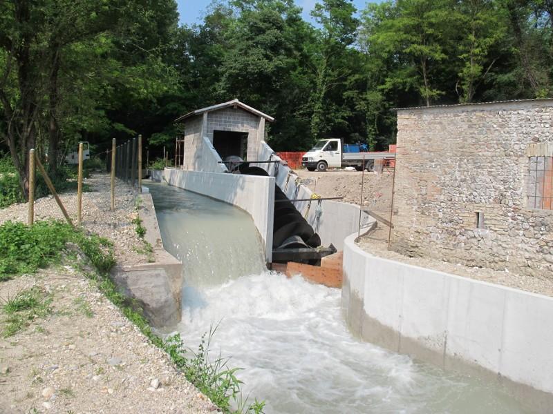 scarico acque della centrale idroelettrica di Vidulis