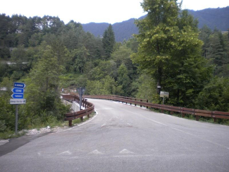 la strada sul ponte di Resia